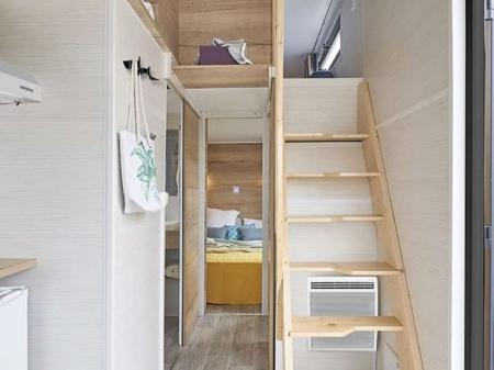 tiny-home-722-couloir-zoom